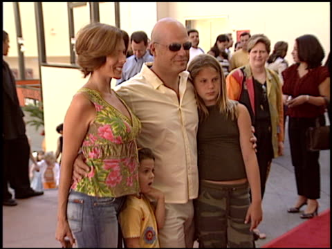 michael chiklis at the 'dora the exporer' premiere at the kodak theatre in hollywood, california on august 9, 2003. - michael chiklis stock videos & royalty-free footage