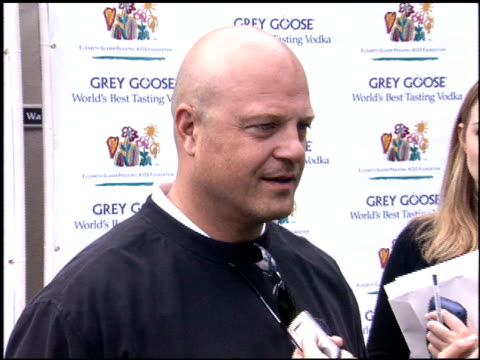 michael chiklis at the glaser pediatric aids celebrity golf at riviera country club in pacific palisades, california on october 17, 2005. - michael chiklis stock videos & royalty-free footage