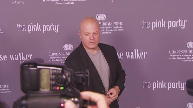 michael chiklis at the pink party 2008 at santa monica ca. - michael chiklis stock videos & royalty-free footage