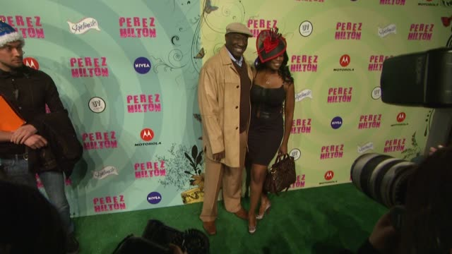 michael clarke duncan at perez hilton's mad hatter tea party birthday celebration on 3/24/2012 in los angeles ca - mad hatter stock videos and b-roll footage