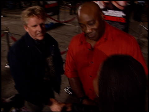 michael clarke duncan at the 'bandits' premiere on october 4, 2001. - michael clarke duncan stock videos & royalty-free footage