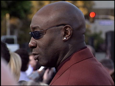 michael clarke duncan at the 'daredevil' premiere on february 9, 2003. - michael clarke duncan stock videos & royalty-free footage