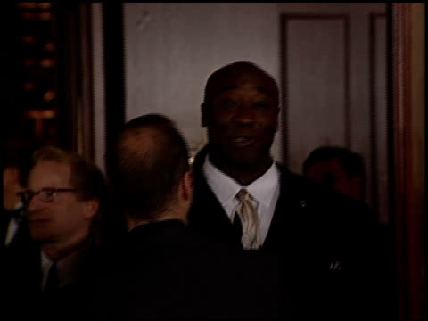 michael clarke duncan at the dga awards arrivals on march 11, 2000. - michael clarke duncan stock videos & royalty-free footage