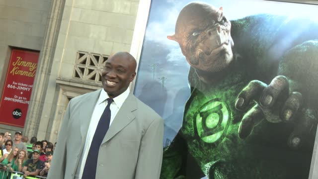michael clarke duncan at the 'green lantern' los angeles premiere at hollywood ca. - michael clarke duncan stock videos & royalty-free footage