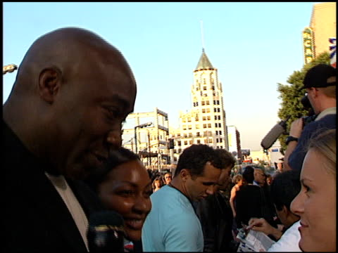 michael clarke duncan at the 'mission: impossible 2' premiere at grauman's chinese theatre in hollywood, california on may 18, 2000. - michael clarke duncan stock videos & royalty-free footage