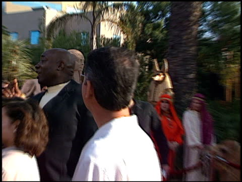 michael clarke duncan at the premiere of 'the mummy returns' at universal amphitheatre in universal city, california on april 29, 2001. - michael clarke duncan stock videos & royalty-free footage