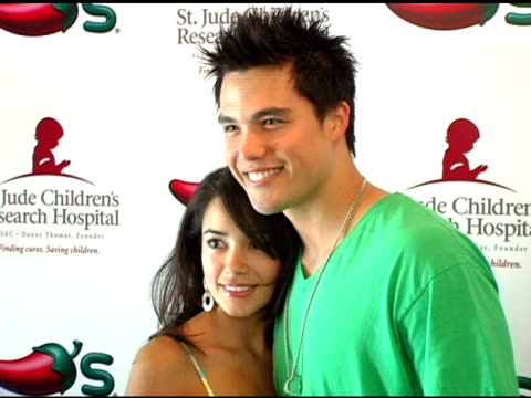 michael copon and guest at the chili's create a pepper to benefit st jude children's research hospital at chili's restaurant in westwood california... - chili's grill & bar stock videos and b-roll footage