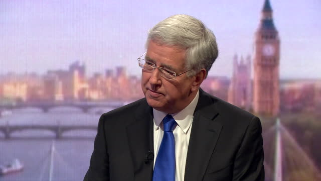 michael fallon saying he is proud the defence budget is increasing and we will be investing in the biggest equipment programme the armed forces have... - segretario della difesa video stock e b–roll