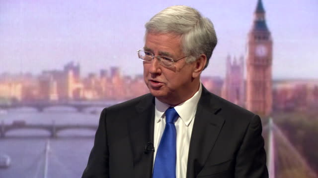 michael fallon saying the government have met the nato target of 2% of gdp spending on defence and adds it is nearly 22% - segretario della difesa video stock e b–roll