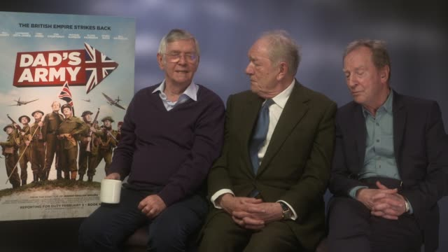 interview michael gambon tom courtenay bill paterson on playing iconic characters oliver parker playing private frazer at 'dad's army' junket at the... - tom courtenay stock videos & royalty-free footage