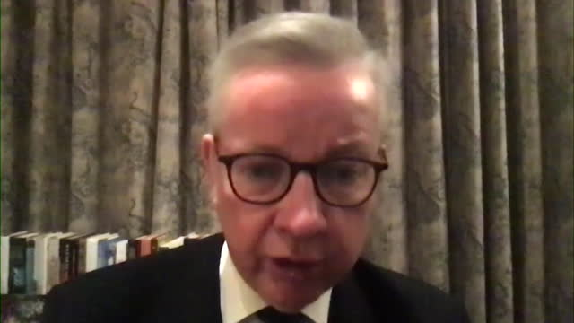 """michael gove saying the government """"had to act with a heavy heart"""" and close schools due to the new coronavirus variant - uncertainty stock videos & royalty-free footage"""