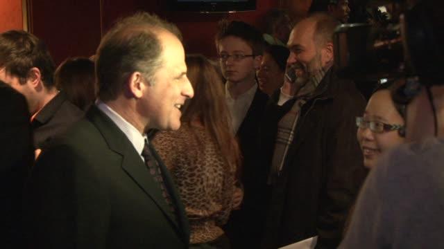 vidéos et rushes de michael hoffman at the the last station premiere at london england - en dernier