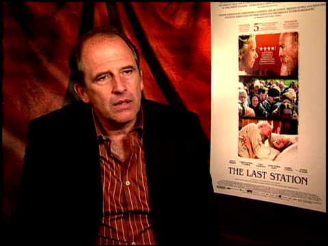 michael hoffman on a dream directing project at the 'the last station' junket at beverly hills ca. - directing stock videos & royalty-free footage
