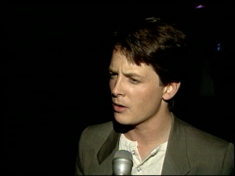 michael j fox at the proposition 65 party with max headroom at mgm grand studios on september 1 1986 - 1986 stock-videos und b-roll-filmmaterial