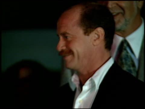 vídeos y material grabado en eventos de stock de michael jeter at the 1996 emmy nomination party at the marque hotel in westwood california on september 4 1996 - westwood