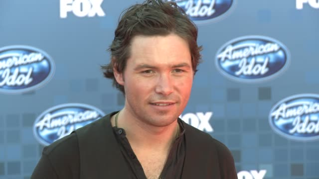 michael johns at the fox's 'american idol 2011' finale results show at los angeles ca - results show stock videos & royalty-free footage