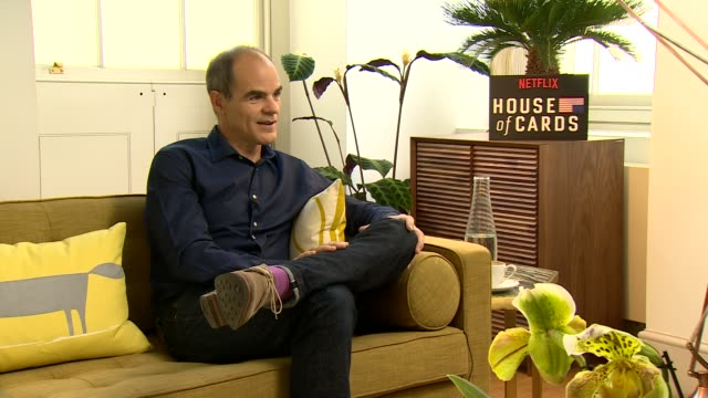 iinterview michael kelly on season 4 getting the script for season 4 making sure he is still alive emailing the writers changing his lines aa speech... - season 4 stock videos and b-roll footage