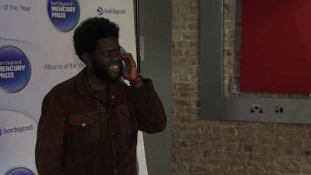 michael kiwanuka at barclaycard mercury music prize 2012 at the roundhouse on november 01, 2012 in london, england - mercury music prize stock-videos und b-roll-filmmaterial