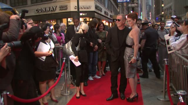 michael kors and debra messing at the michael kors debra messing bring hollywood to macy's herald square at new york ny - debra messing stock videos and b-roll footage