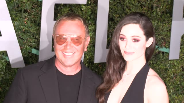 vídeos de stock, filmes e b-roll de michael kors and emmy rossum at michael kors celebrates the launch of claiborne swanson frank's young hollywood on october 02 2014 in beverly hills... - emmy rossum