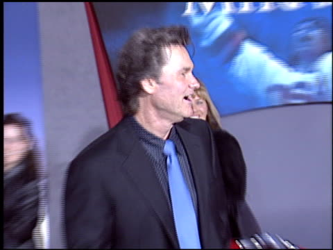 michael mantenuto at the 'miracle' premiere at the el capitan theatre in hollywood california on february 2 2004 - el capitan kino stock-videos und b-roll-filmmaterial