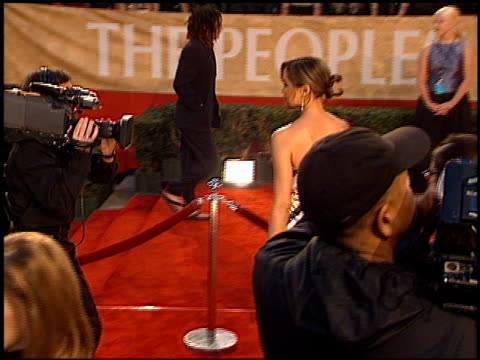 michael michele at the 2001 people's choice awards at the pasadena civic auditorium in pasadena california on january 7 2001 - people's choice awards stock videos & royalty-free footage