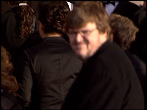 michael moore at the 2003 screen actors guild sag awards at the shrine auditorium in los angeles, california on march 9, 2003. - shrine auditorium 個影片檔及 b 捲影像