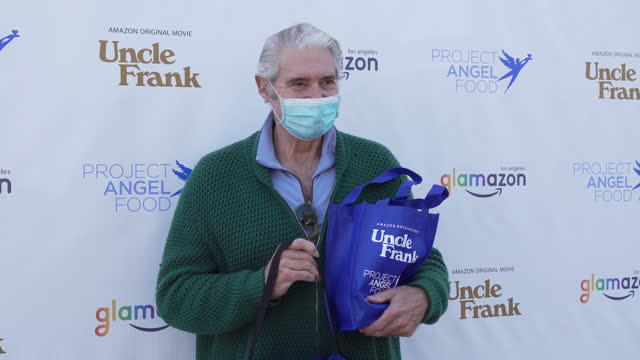 CA: Stars Deliver 1,900 Meals For Project Angel Food