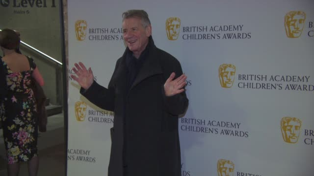 michael palin at the british academy children's awards at the british academy children's awards at the roundhouse on november 22, 2015 in london,... - マイケル パリン点の映像素材/bロール