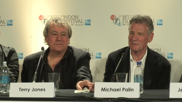 michael palin terry jones on how would graham chapman comment on the film at a liar's autobiography press conference bfi 56th london film festival at... - monty python stock-videos und b-roll-filmmaterial