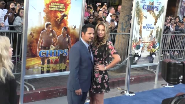 "michael pena & brie shaffer at the ""chips"" los angeles premiere at tcl chinese theatre on march 20, 2017 in hollywood, california. - tcl chinese theatre stock videos & royalty-free footage"