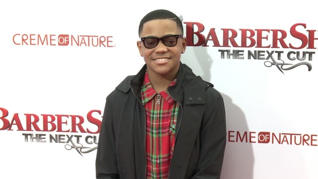 stockvideo's en b-roll-footage met michael rainey jr at barbershop the next cut los angeles premiere at tcl chinese theatre on april 06 2016 in hollywood california - tcl chinese theatre