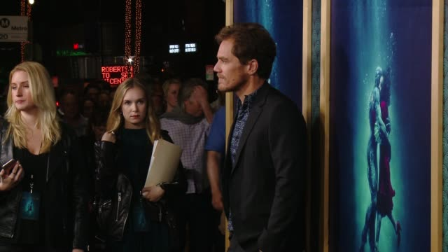 vidéos et rushes de michael shannon at the shape of water los angeles premiere presented by fox searchlight pictures at the academy of motion picture arts and sciences... - academy of motion picture arts and sciences