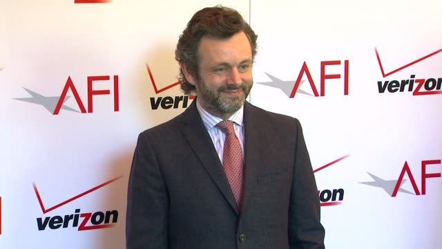michael sheen at the 14th annual afi awards at the four seasons hotel los angeles at beverly hills, 01/10/14 - michael sheen bildbanksvideor och videomaterial från bakom kulisserna