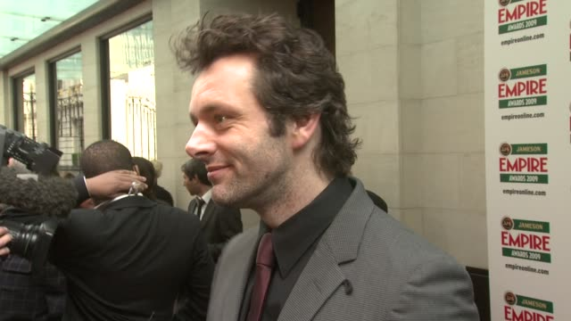 michael sheen at the jameson empire awards 2009 at london . - michael sheen bildbanksvideor och videomaterial från bakom kulisserna