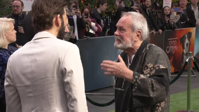 michael sheen, david tennant, terry gilliam at odeon luxe leicester square on may 28, 2019 in london, england. - michael sheen bildbanksvideor och videomaterial från bakom kulisserna