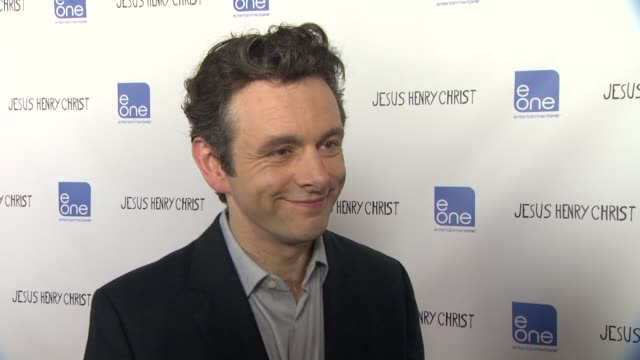 michael sheen on being part of the film on working with julia roberts on his first film on working with family and on the universal theme of the film... - michael sheen stock-videos und b-roll-filmmaterial