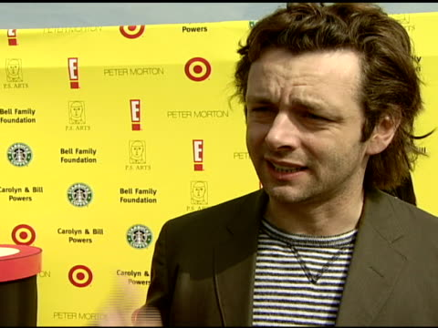 michael sheen on why he wanted to attend the event, on his favorite art class growing up, and if his kids enjoy art at the celebrating the 10th... - michael sheen bildbanksvideor och videomaterial från bakom kulisserna