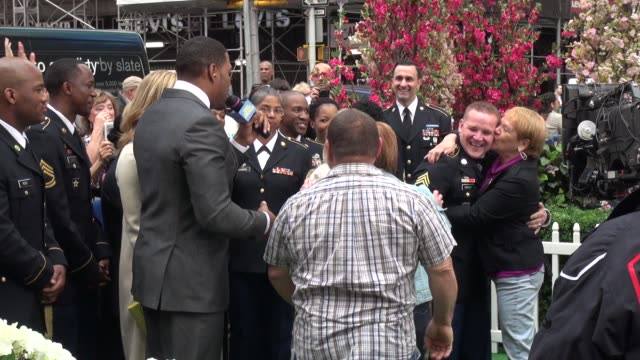 michael strahan lara spencer with army couple's big news for parents live on the outside set of the good morning america show in celebrity sightings... - good morning america stock videos and b-roll footage