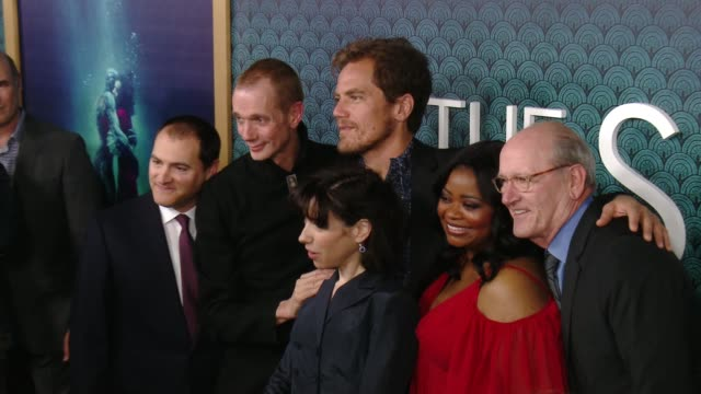 michael stuhlbarg doug jones michael shannon sally hawkins octavia spencer and richard jenkins at the shape of water los angeles premiere presented... - sally hawkins stock-videos und b-roll-filmmaterial