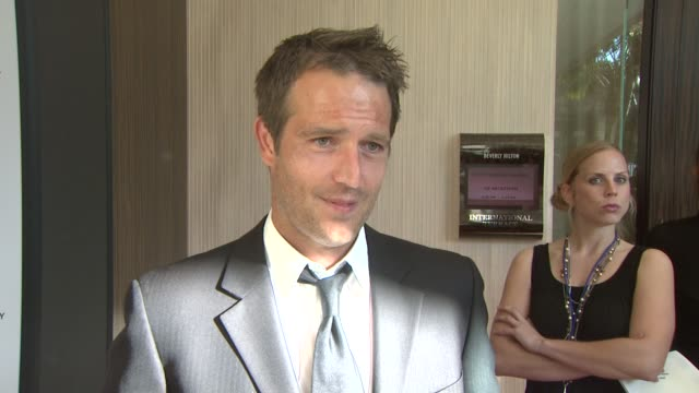 michael vartan on how much he loves his dog the event the candian seal hunt at the 23rd genesis awards at los angeles ca - michael vartan stock videos & royalty-free footage