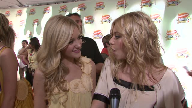 Michalka and Aly Michalka of Aly and AJ on the event who they're pulling for and on getting slimed at the 2007 Nickelodeon's Kids' Choice Awards at...