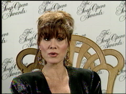 stockvideo's en b-roll-footage met michele lee at the seventh annual soap opera awards at the biltmore hotel in los angeles, california on january 13, 1991. - soapserie