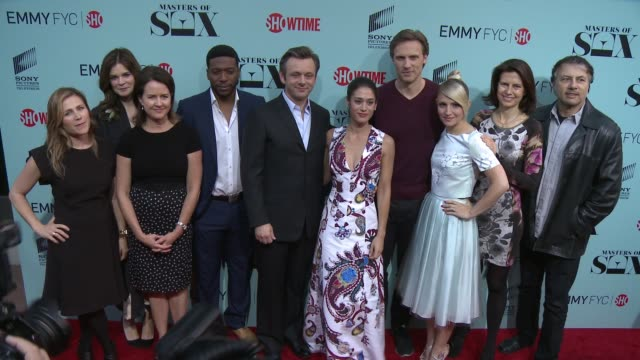 "michelle ashford, betsy brandt, jocko sims, michael sheen, lizzy caplan, teddy sears, and annaleigh ashford at the ""masters of sex"" exclusive... - michael sheen bildbanksvideor och videomaterial från bakom kulisserna"