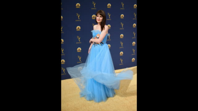 vídeos de stock, filmes e b-roll de michelle dockery attends the 70th emmy awards at microsoft theater on september 17 2018 in los angeles california - 70th annual primetime emmy awards