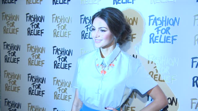 michelle keegan at fashion for relief charity fashion show & interviews at somerset house on february 19, 2015 in london, england. - ファッションフォーリリーフ点の映像素材/bロール