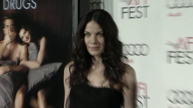 michelle monaghan at the afi fest 2010 screening of 'love other drugs' at hollywood ca - michelle monaghan stock videos & royalty-free footage