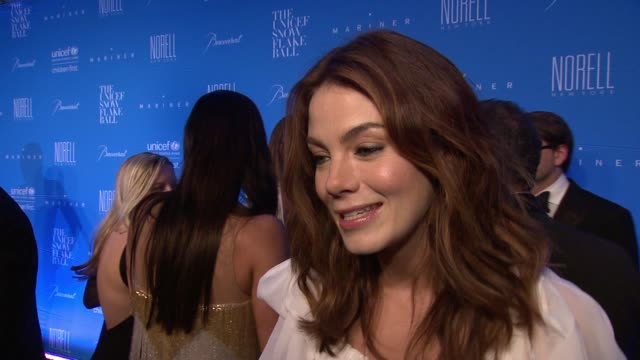 interview michelle monaghan discusses attending the event tonight on why people should support unicef this holiday season on the importance of unicef... - michelle monaghan stock videos & royalty-free footage