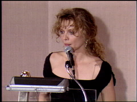 michelle pfeiffer at the 1990 golden globe awards at the beverly hilton in beverly hills california on january 20 1990 - michelle pfeiffer stock videos & royalty-free footage