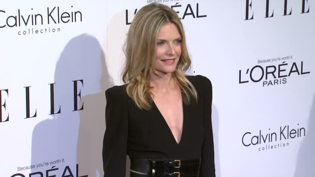 michelle pfeiffer at the elle's 18th annual women in hollywood tribute at beverly hills ca - michelle pfeiffer stock videos & royalty-free footage